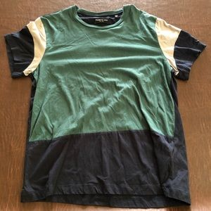 Kenneth Cole Green T (Large)